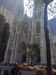 St Patrick's Cathedral – made it to mass and found St Anthony in a corner